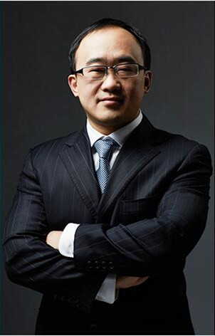 尤辰荣律师形象照片